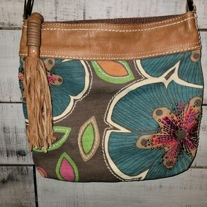 Beautiful🌺Fossil leather and canvas crossbody